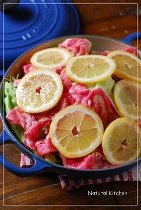 豚バラ&レタスのレモン蒸し焼き