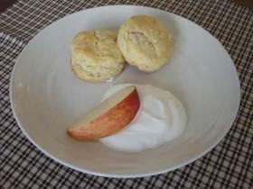りんごとお芋のスコーン